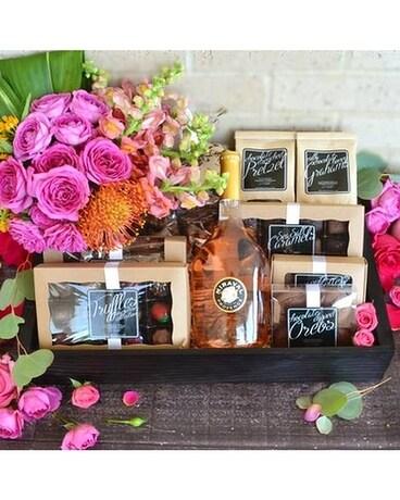 Luxebox: Temptation Wine, Chocolate & Flowers
