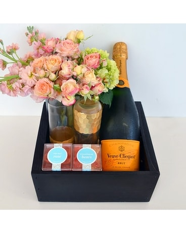 Bubbles Blooms Champagne Gift Basket